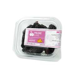 Dried prunes with Almonds